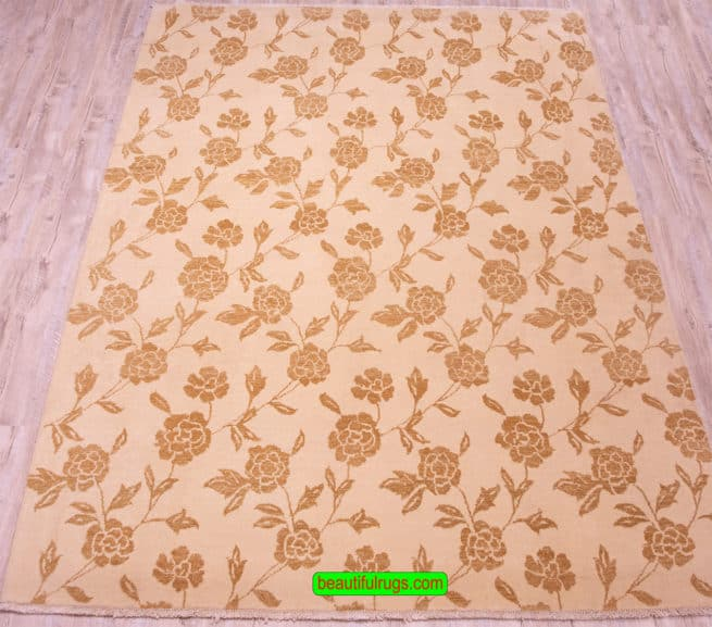 Modern Rugs, Small Rugs for Living Rooms, Rugs from India, close up image, size 6.4x8