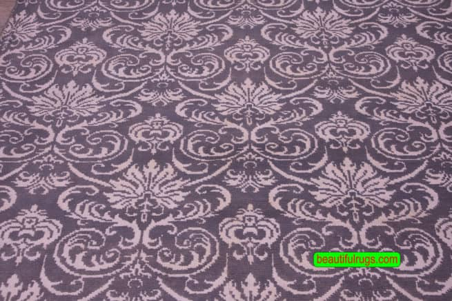 6×9 Gray and White Rug, Designer Contemporary Rugs, close up image, size 6.1 x 9