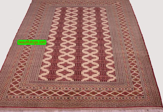 Turkmen Rug, Persian Baluch Rug, Old Tribal Rug, close up image, size 4.8x6.4